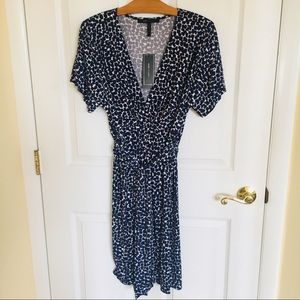 BCBG MAXAZRIA Navy Print Surplice Fixed-Wrap Dress